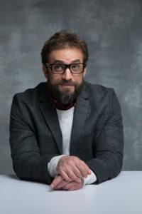 教授 (43)